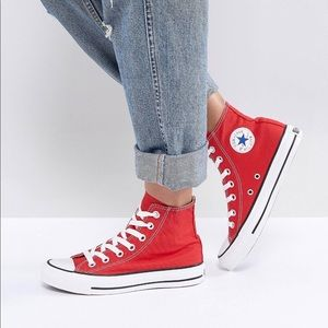 Converse Chuck Taylor Sneakers in Red